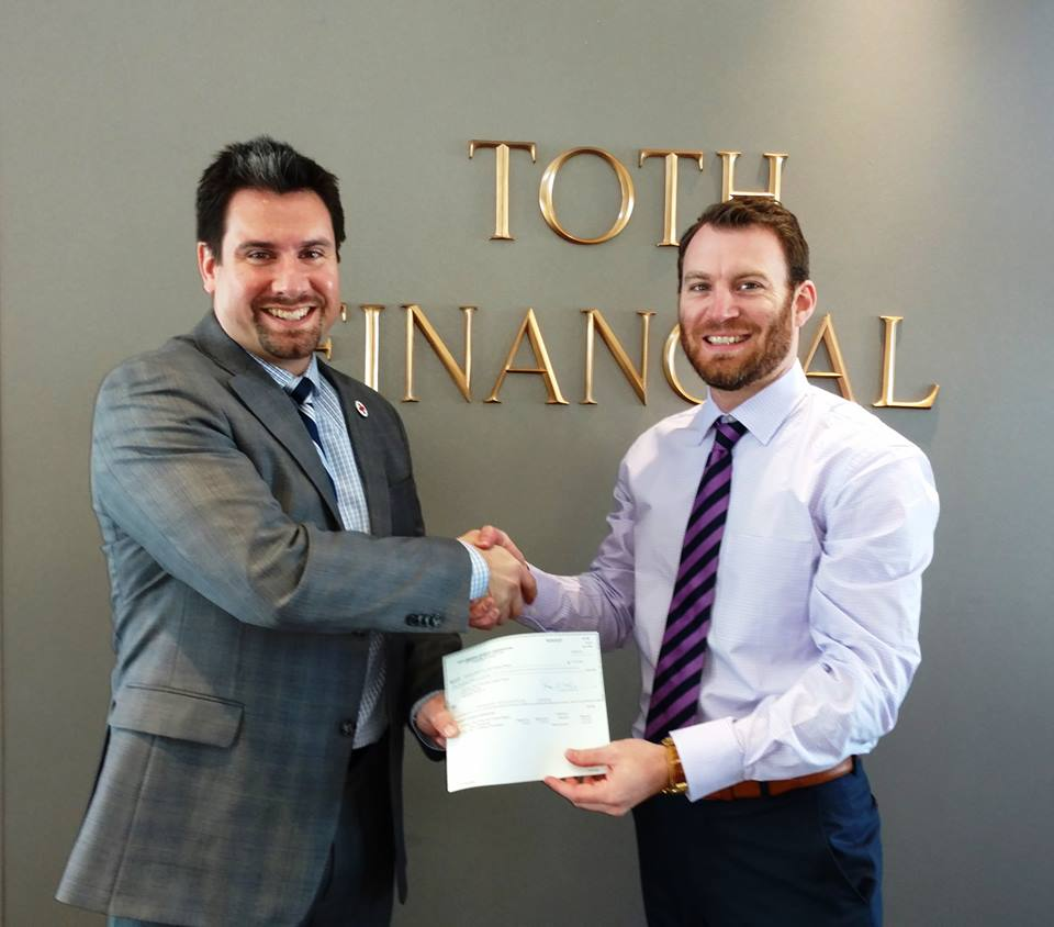 TFAC's Kevin Arbogast Presents $2000 Donation Raised By Toth Financial To The Red Cross